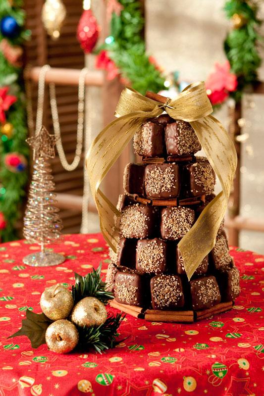 Árvore de Natal com minipães de mel