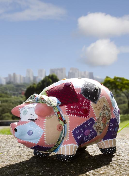 """Pig Parade - """"Mensageiro do amor"""""""