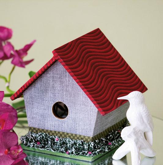 Porta-trecos artesanal em casa de pássaros