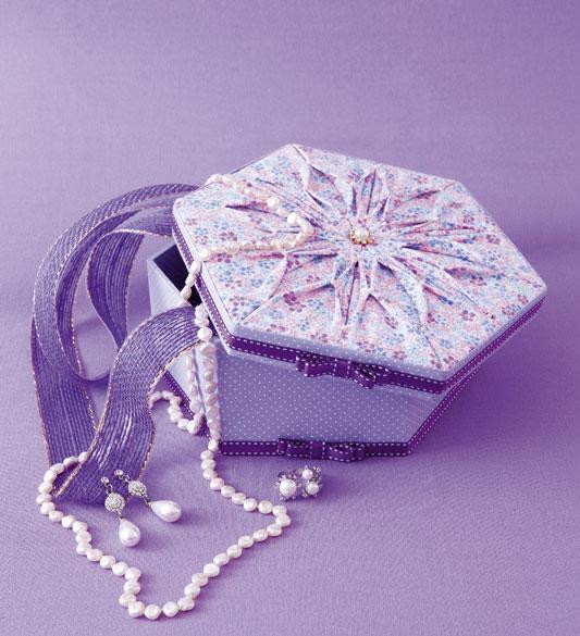 Porta-joias com tecido