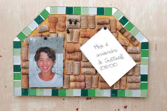 Quadro de recados com mosaico