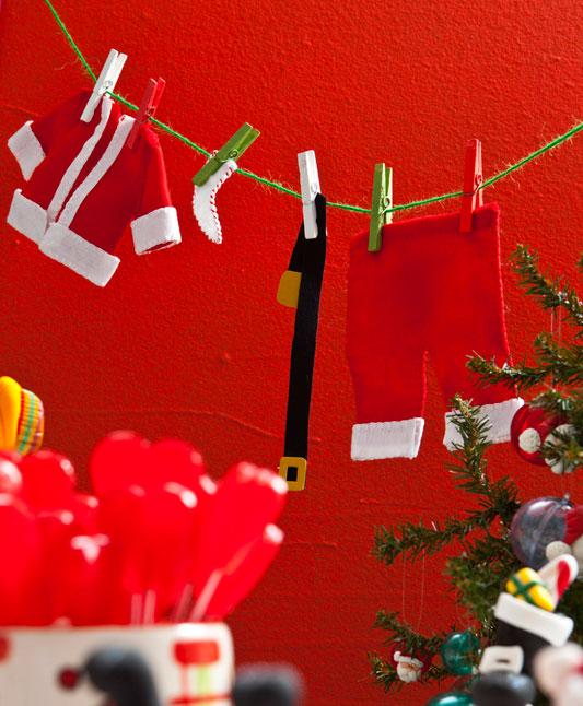 Roupas de Papai Noel em feltro