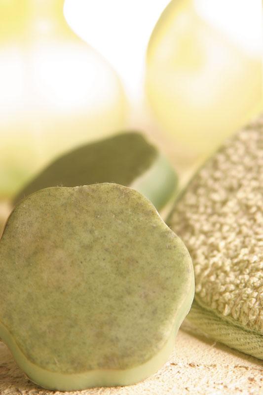 Sabonete antiacne de erva-cidreira