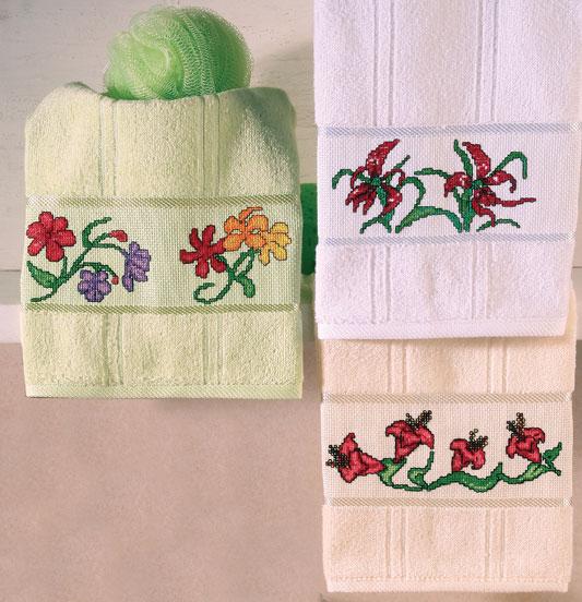 Toalha floral de ponto cruz