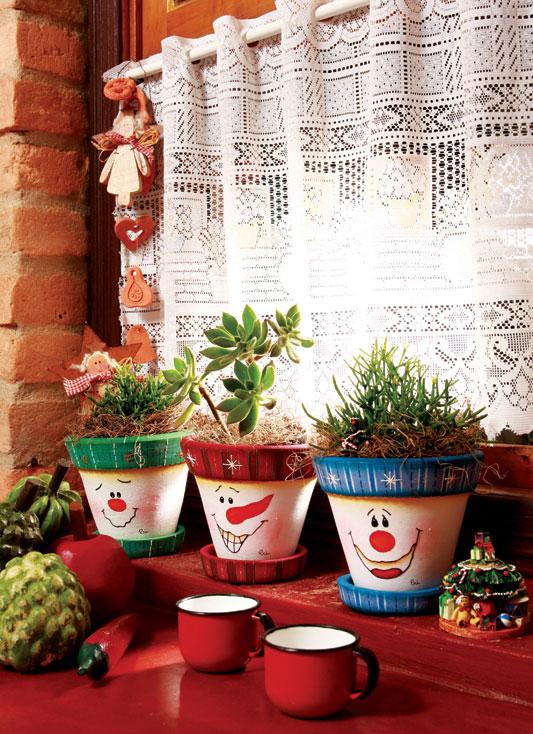 Trio de vasos decorados com boneco de neve