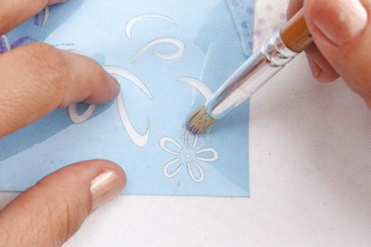 bolsa-branca-flores_exp14_01.08.11.jpg