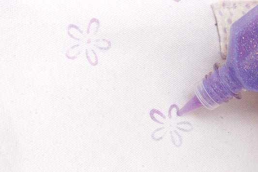 bolsa-branca-flores_exp15_01.08.11.jpg