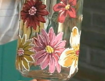 Découpage em garrafa de vidro com flores