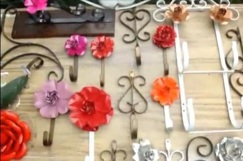 Reciclagem transforma latinha em flor