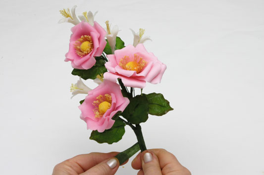 rosa-lirios_533_31-5_pronto.jpg