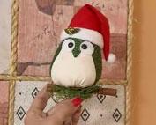 Veja como fazer uma coruja natalina