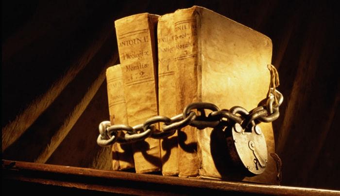 5 libros prohibidos a lo largo de la historia - 1