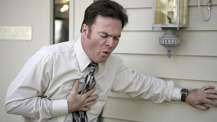 Como sobrevivir a un ataque al corazón cuando estás solo/a - 2