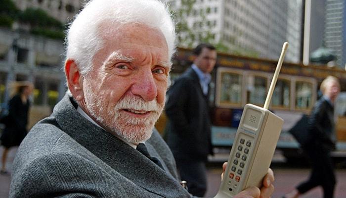 Martin Cooper, el padre de la Telefonía Celular - 3