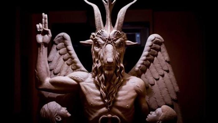 La iglesia de satán - 4