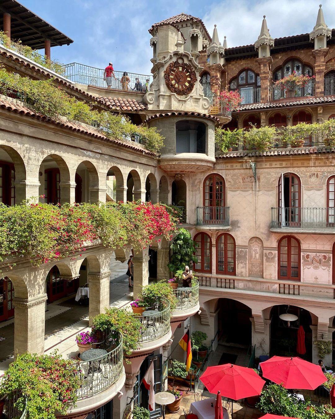 Mission Inn - 中世纪风格酒店 图3