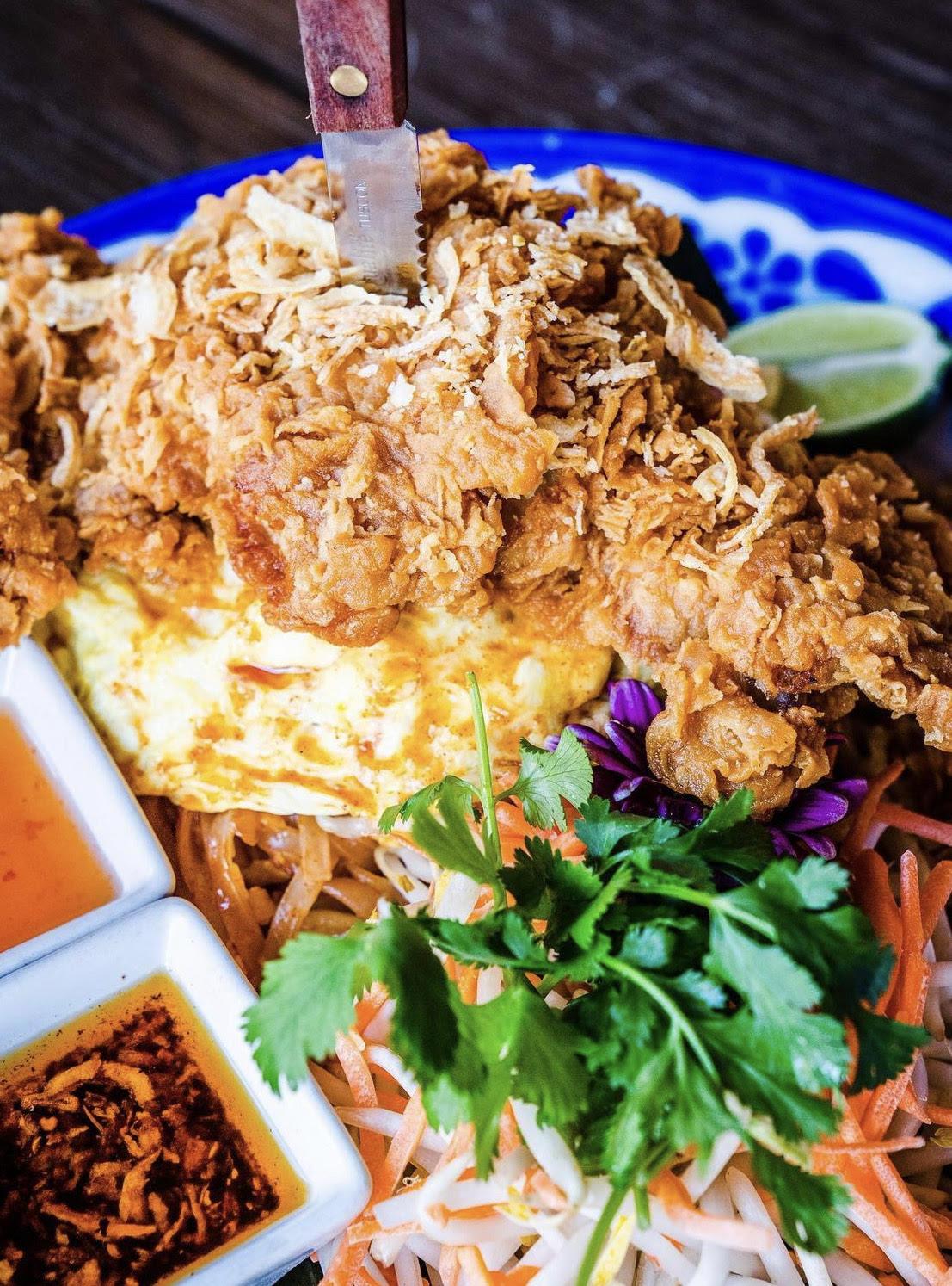 大饱口福~超级丰盛的Thai Food 图1