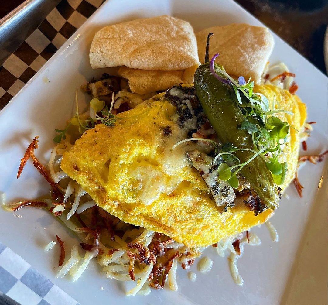 浓浓狂野风😜的早午餐Truffles N Bacon Cafe✨ 图1