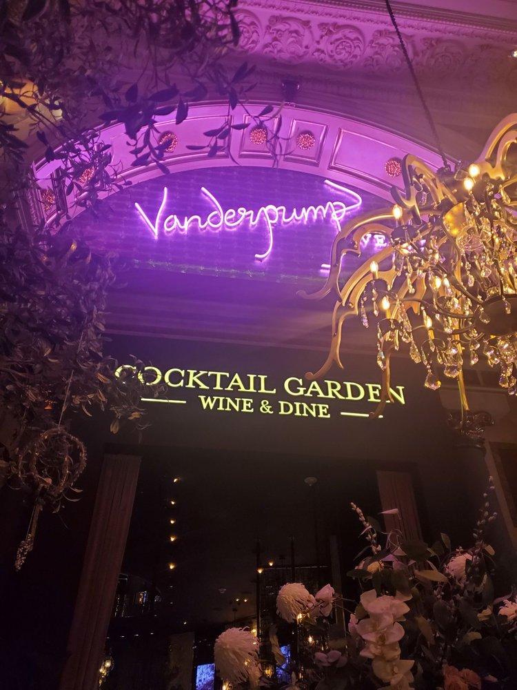 维加斯网红鲜花酒吧打卡💐 Vanderpump Cocktail Garden 图1