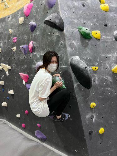 攀一次疼三天,酸完又可以了的室内攀岩馆 图3