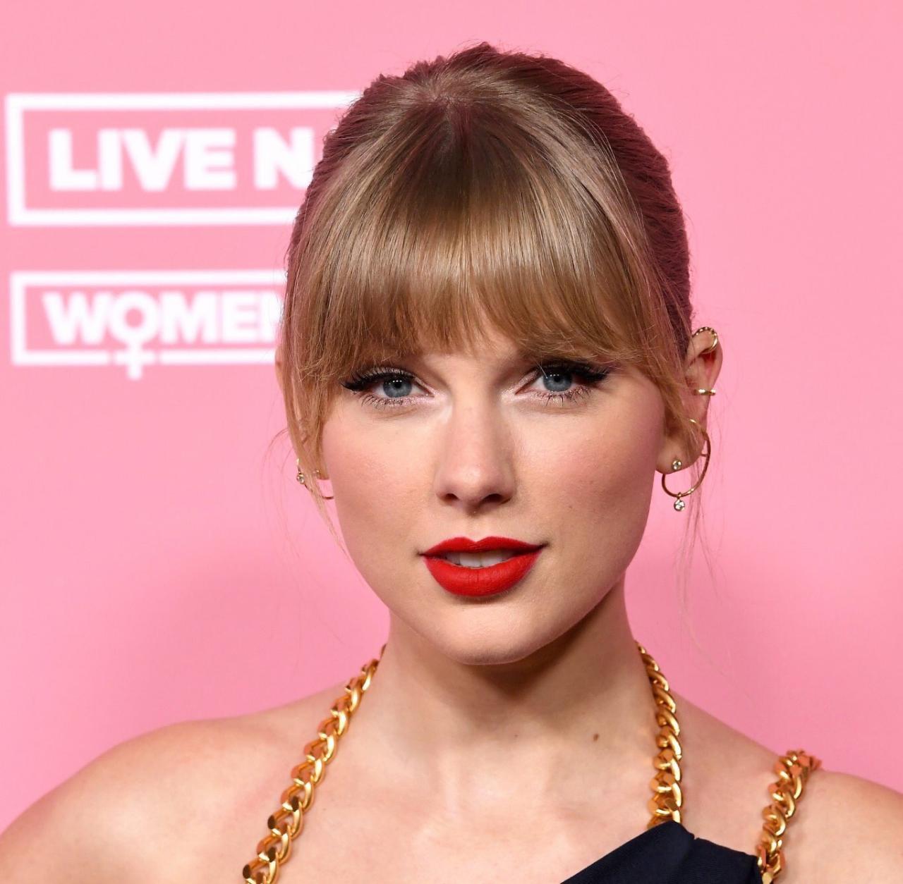 """Taylor Swift é homenageada no """"Woman In Music 2019"""" da Billboard"""
