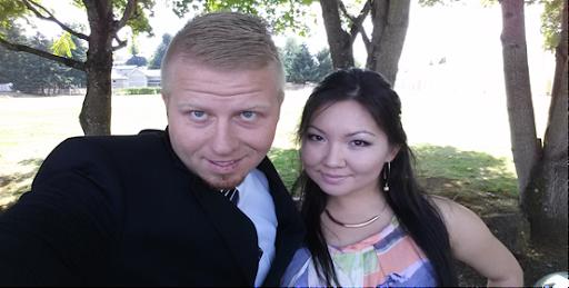 Aaron and Dina Hueth