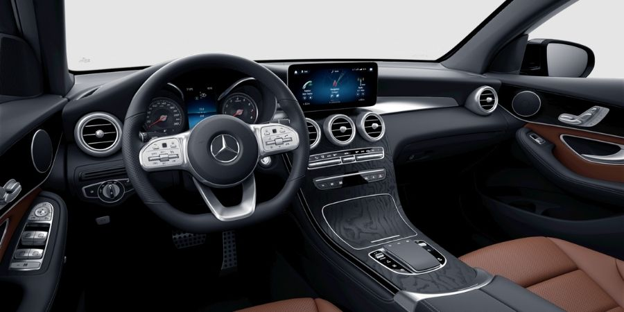 Mercedes-Benz GLC 200 COUPÉ KIT AMG SC ART MARRÓN ECUESTRE/NEGRO Interior 1