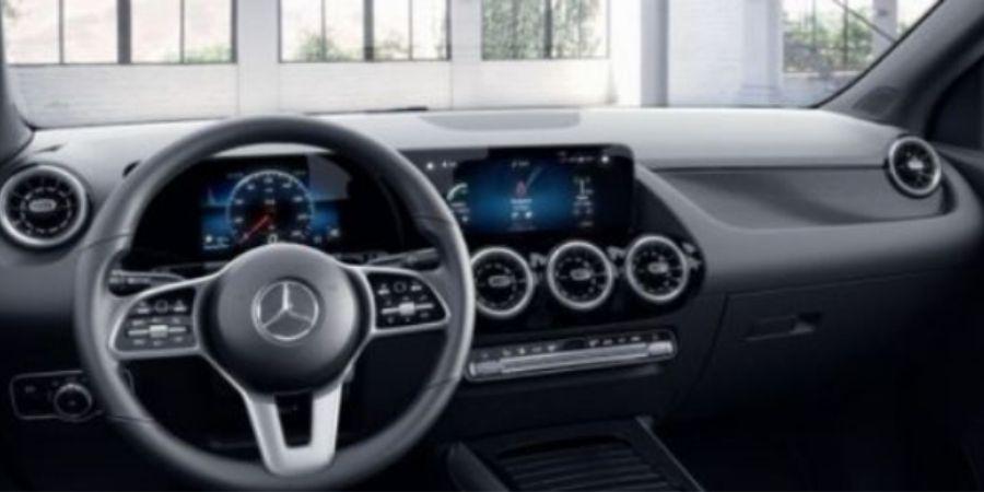 Mercedes-Benz GLA 200 PROGRESSIVE SC ART NEGRO Interior 1
