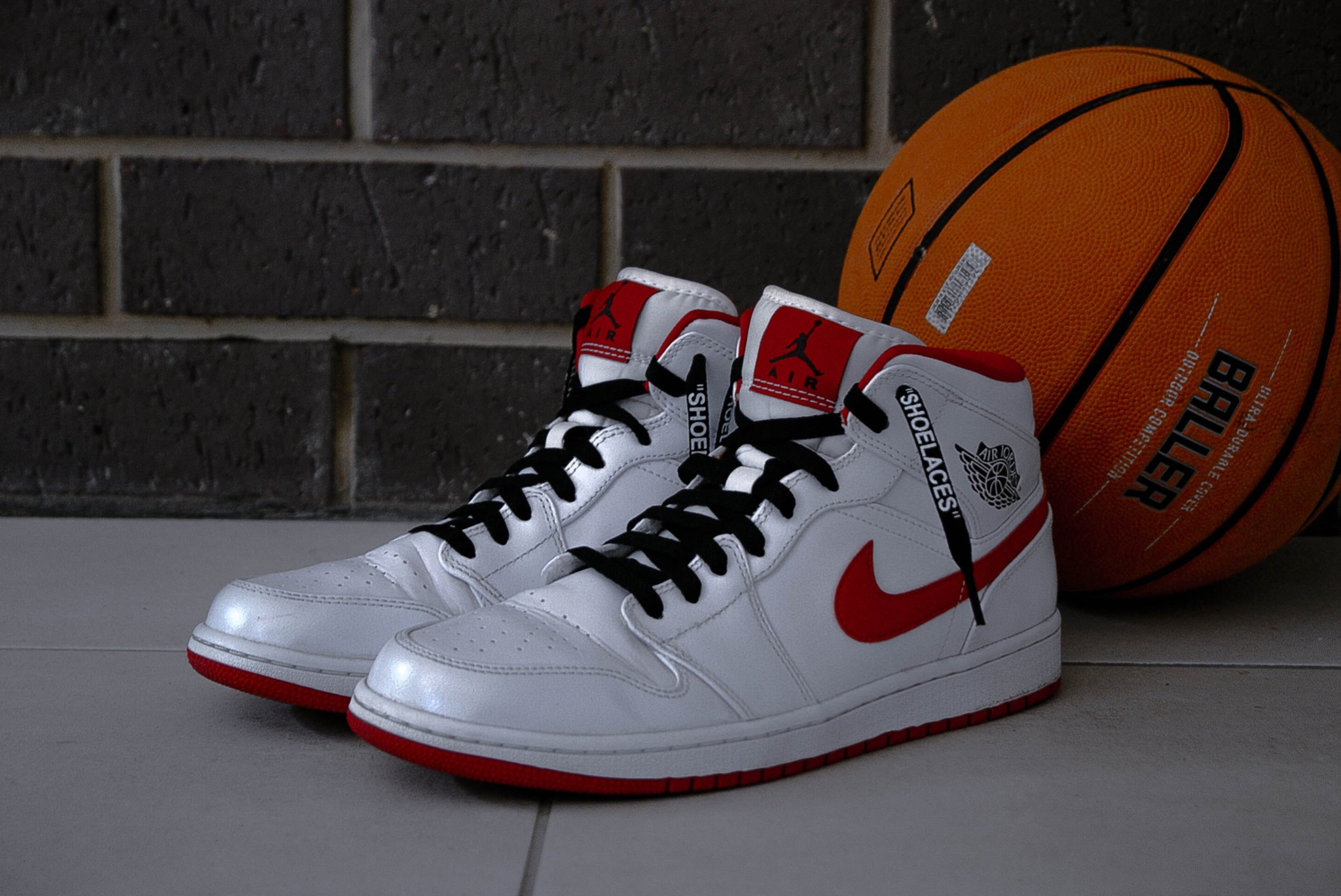Air Jordan 1 White/Red
