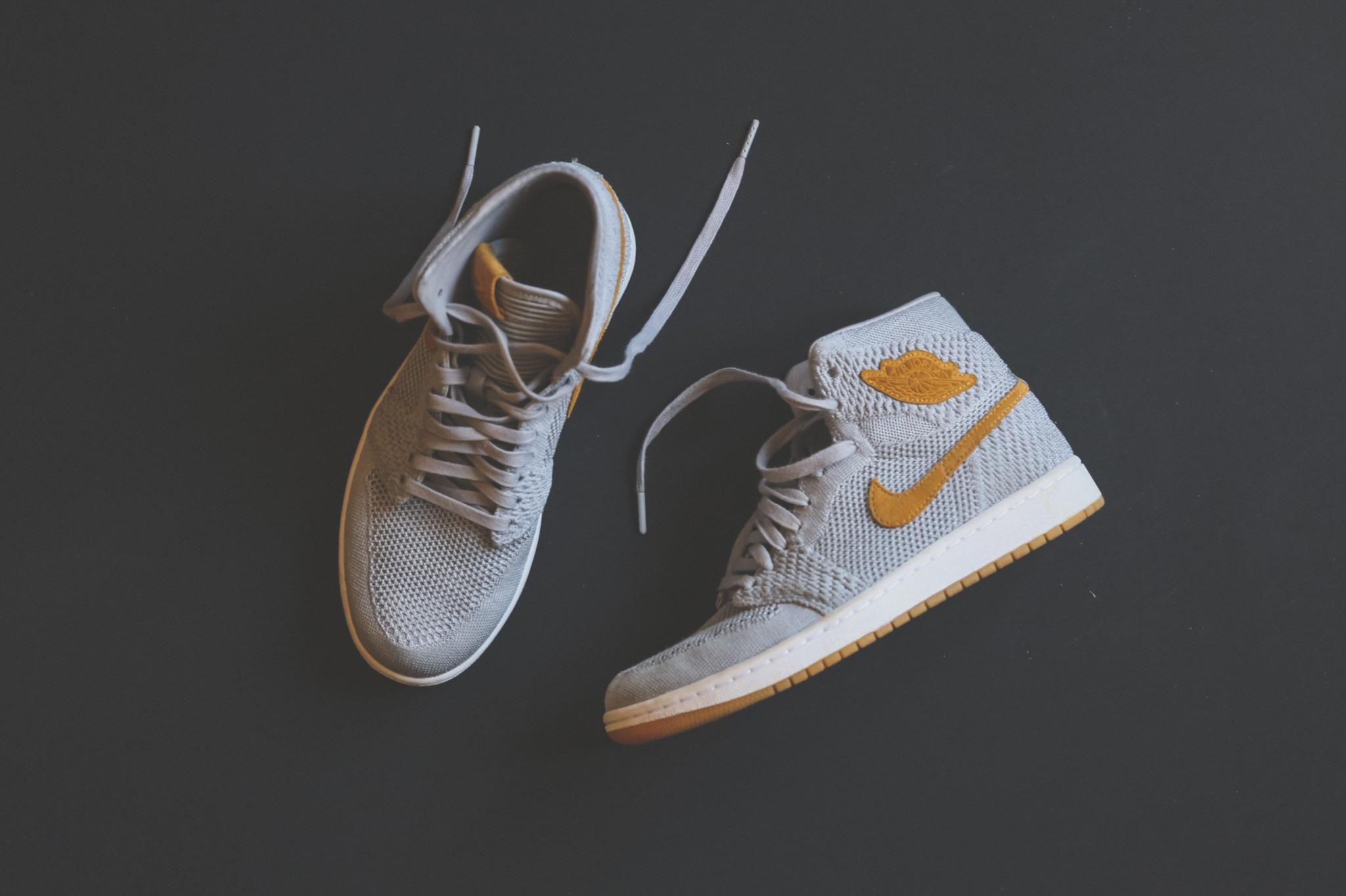 Air Jordan 1 Grey