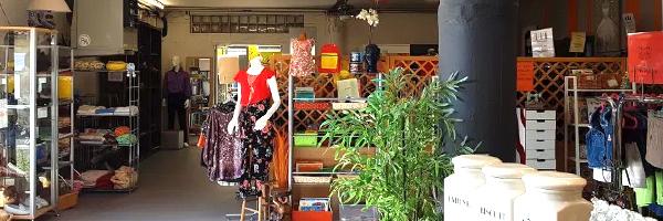 Les boutiques du Relais sont fermés, mais les achats restent possibles: soit sur le site https://www.label-emmaus.co/fr/nos-boutiques/le-relais-blagnac/Soit par téléphone : Relais Boutique Blagnac :  ...