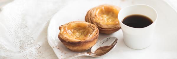 Pasteis de Nata BioFabrication artisanale à base de produits issus de l'agriculture biologique Retrouvez le goût unique de la pâtisserie traditionnelle de Lisbonne. L'aventure BOM est née de ...