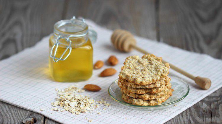 honey-oatmeal-cookies
