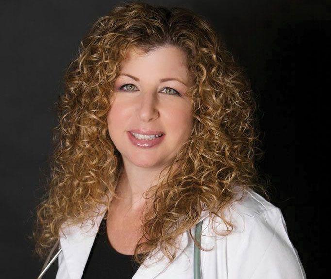 dr-bonni-goldstein-medical-director-canna-centers