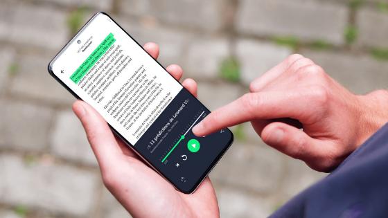 How listening while reading enhances retention