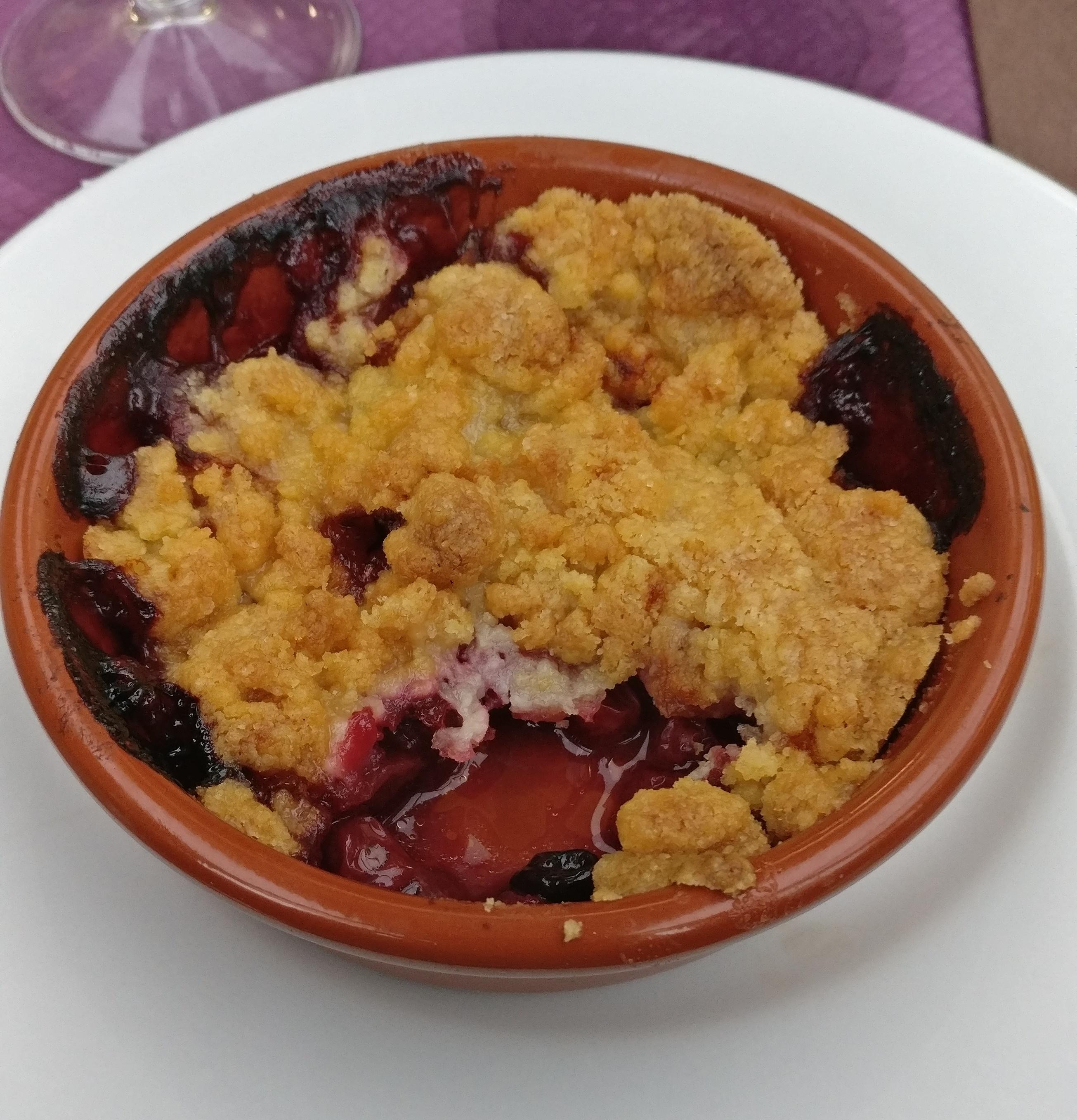 Photo du produit Crumble aux fruits [Restaurant - Le Mélise] prise par Benbb96