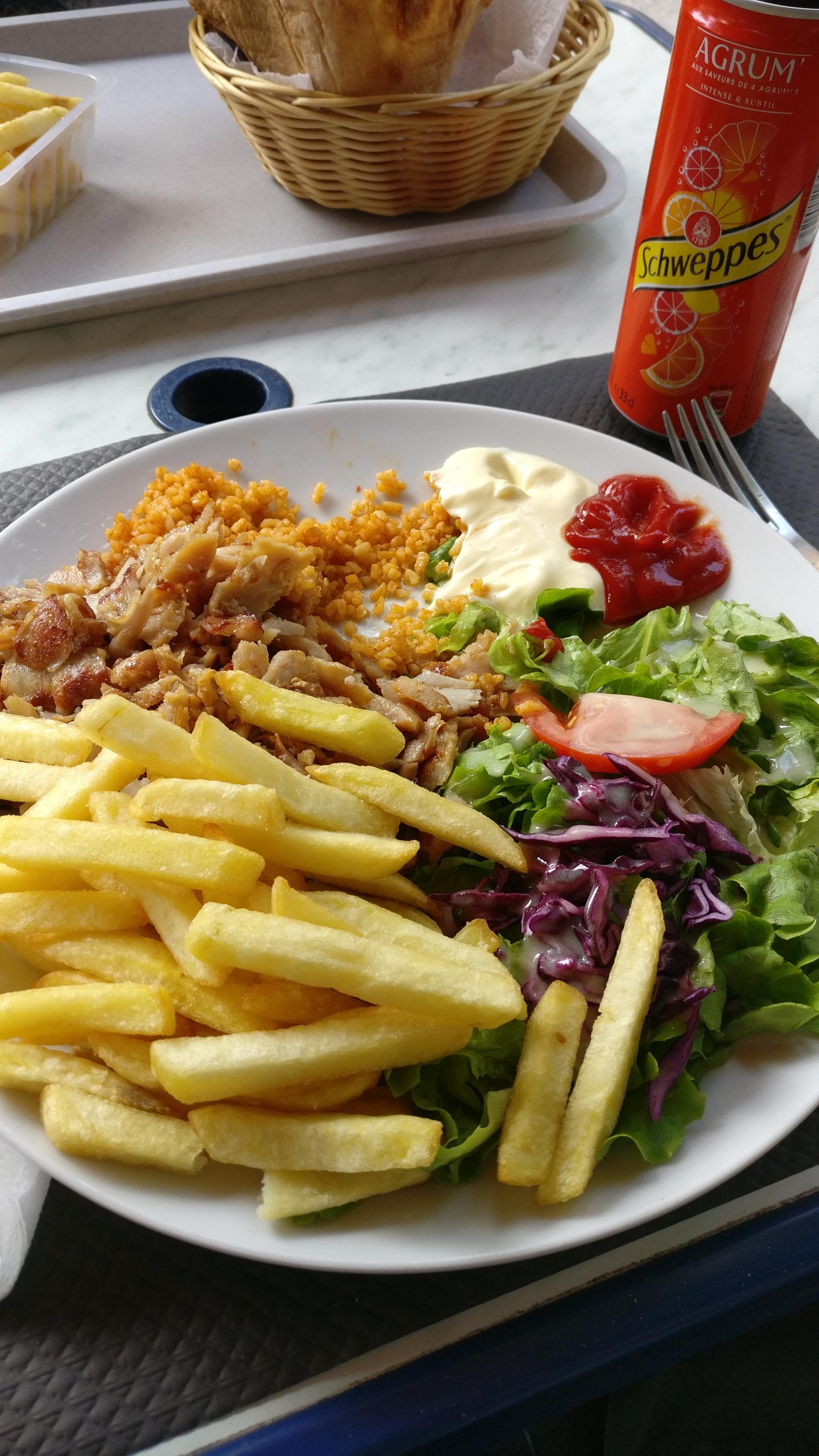Photo du produit Assiette Kebab prise par Benbb96