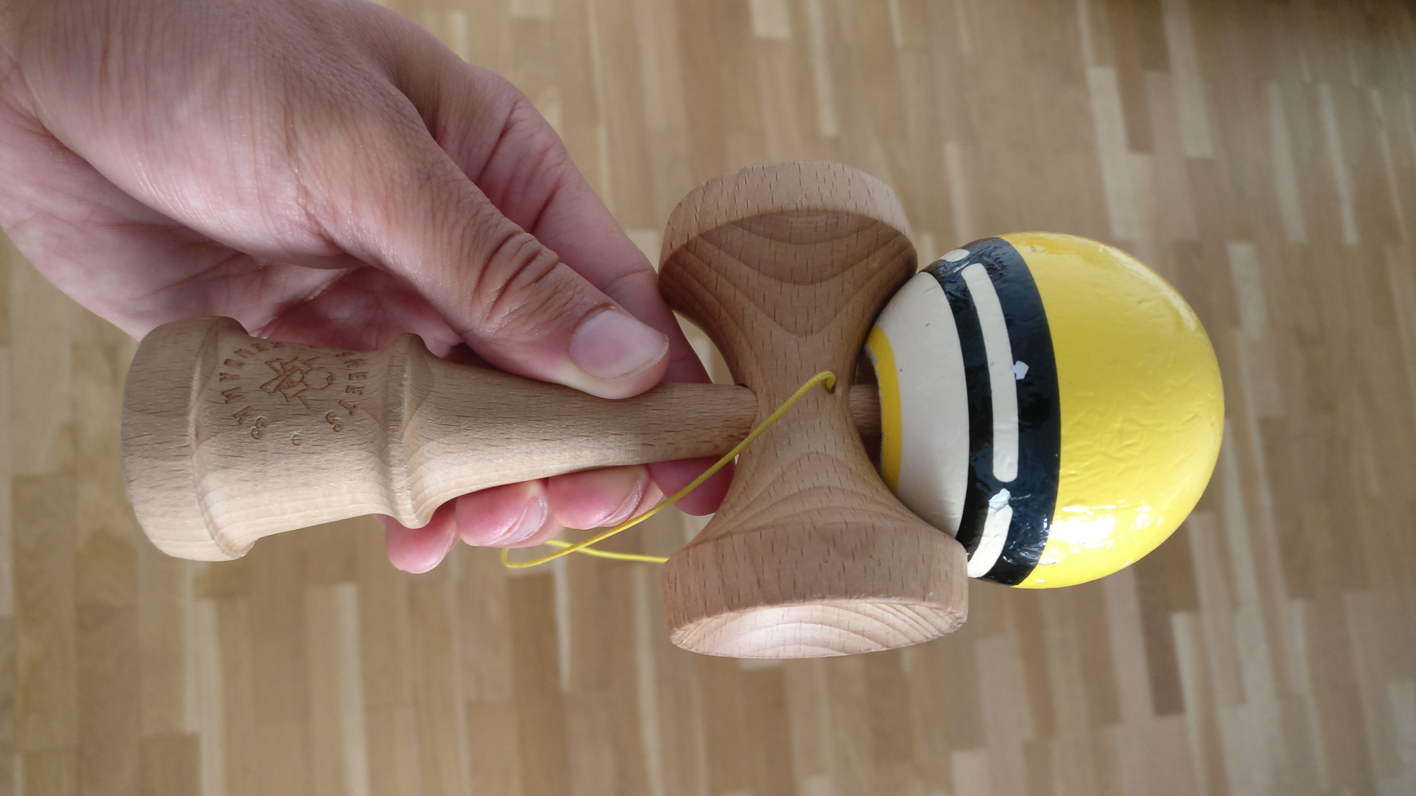 Photo du kendama Sweets Boost Radar Jaune
