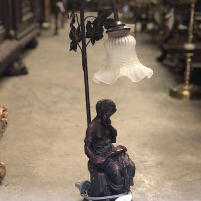 Настольная лампа в стиле Неоренессанс Бельгия, середина 20 века