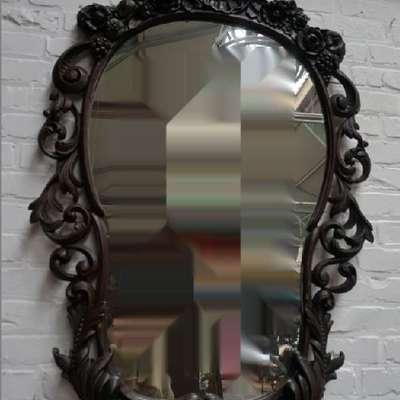 Антикварное ореховое резное зеркало. в стиле Ренессанс Франция, конец 18 века