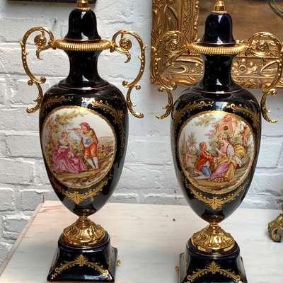 Пара фарфорвых ваз Лимож. в стиле Барокко, Франция, середина 20 века