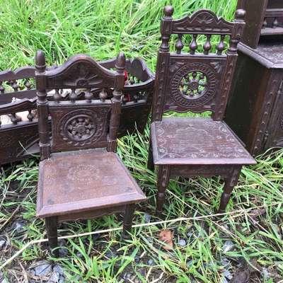 Декоративные игрушечные стулья в стиле Бретонский Франция, начало 20 века