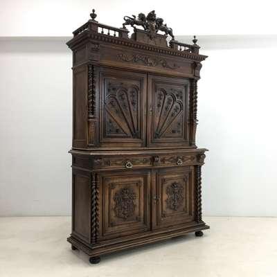 Шкаф в стиле Ренессанс Бельгия, начало 20 века