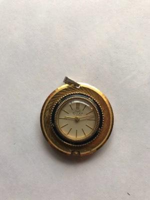 Часы/кулон в стиле Эклектика в наличии, Бельгия, середина 20 века