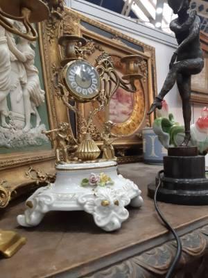 Часы в стиле Классицизм (классика) в наличии, Голландия, конец 20 века