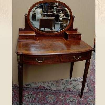 Дамский туалетный столик. в стиле Людовик XVI Франция, конец 19 века