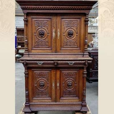 Антикварный шкаф. в стиле Ренессанс Бельгия, конец 19 века