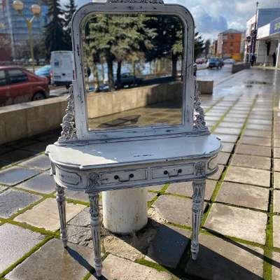 Столик с зеркалом в стиле Эклектика, Голландия, начало 21 века