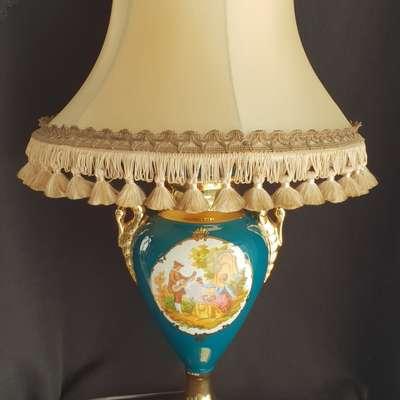 фарфоровая настольная лапма в стиле Винтаж Италия, середина 20 века