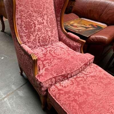 Набор из кресла и пуфа. в стиле Рококо Людовик XV, Франция, начало 20 века